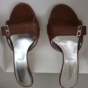 DOLCE AND GABBANA SANDALS SIZE 38